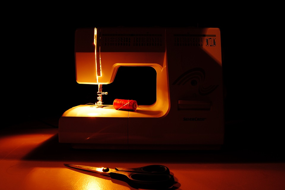 sewing-machine-1978026_960_720