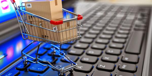 9 perguntas que você deve fazer antes de comprar tecidos pela Internet