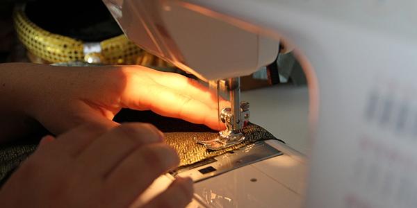 Guia: Saiba como cobrar pelos seus bordados e costuras para lucrar mais