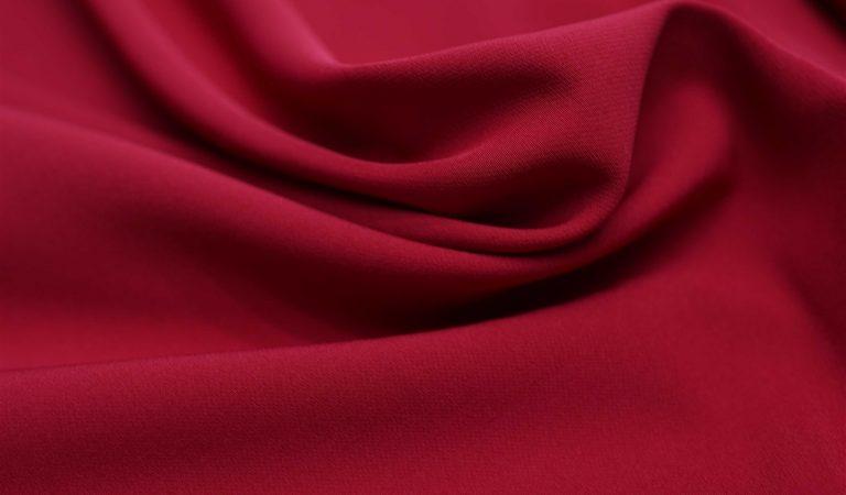 Qual estação o tecido crepe combina?